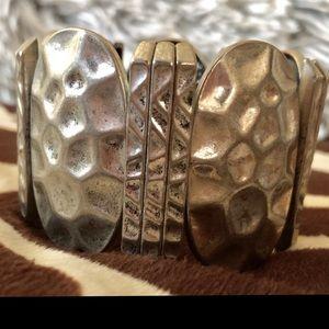 Stretchy hammered silver plated bracelet